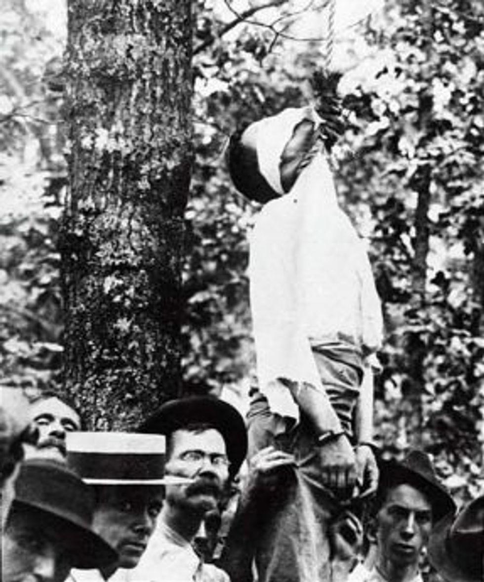 Lynching of Leo Frank, 1915 (Wikimedia)