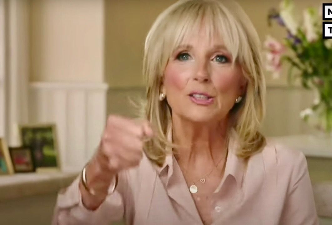 Sweet surprise: Disguised Jill Biden passes out ice cream
