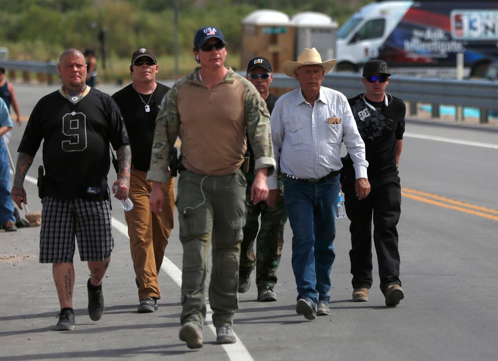 Federal agency ends Bundy Ranch cattle roundup in Nevada after militia stand-off