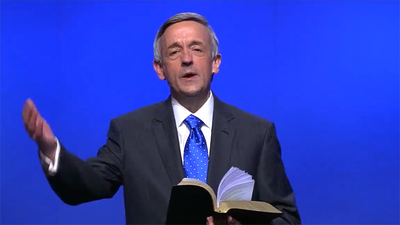 Trump-loving megachurch pastor declares there is 'no credible religious argument' against vaccines