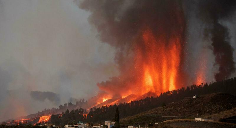 Canary Islands volcano destroys homes