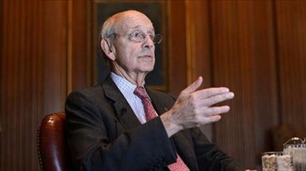 'House is on fire': Liberals message Justice Breyer in 'fantasy land' after McConnell says he'll block Biden nominee