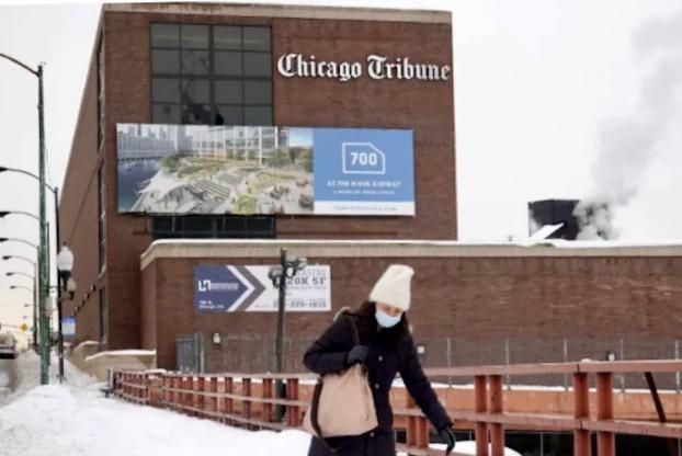 As US newspapers slide toward abyss, a bidding war breaks out